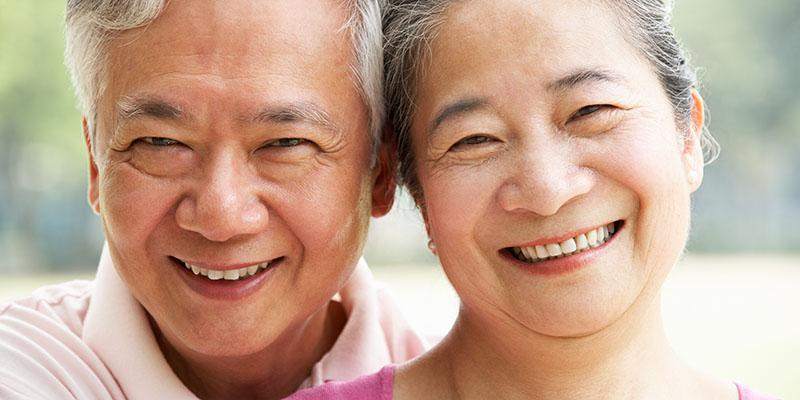 Image of an older couple smiling